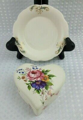 Axe Vale Studio Pottery Devon - Floral Heart Shaped Trinket Box & Pin Tray  • 6£
