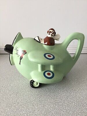 NWOT Vintage Carlton Ware Lucy May Teapot • 30£
