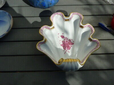 Large Herend Porcelain Shell Shape Dish Excellent Condition. • 10.99£