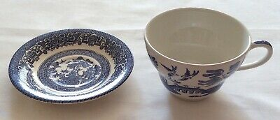 Willow Pattern Large Cup And Saucer • 5£