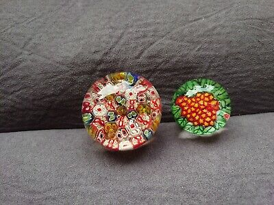 Glass Paperweights • 2.10£