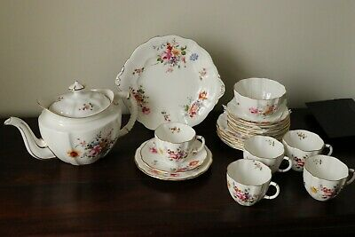 Royal Crown Derby   Derby Posies   Part Of Tea Set • 45£