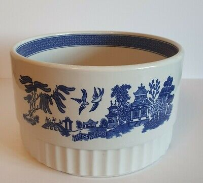 Unique Large Churchill Willow Pattern Souffle Dish Very Rare • 20£