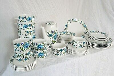 Full Vintage Midwinter Dinner Set With Coffee Pot • 9.99£