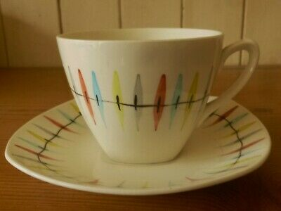 MIDWINTER Tea Cup & Saucer CHEROKEE By Jessie Tait  1957 DAMAGED • 7.99£