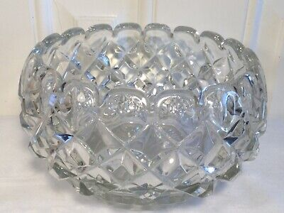 Vintage Moulded Glass Fruit Bowl • 4.99£