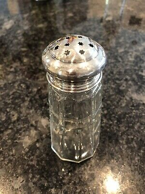 Silver Topped Sugar Shaker (Used) • 7£