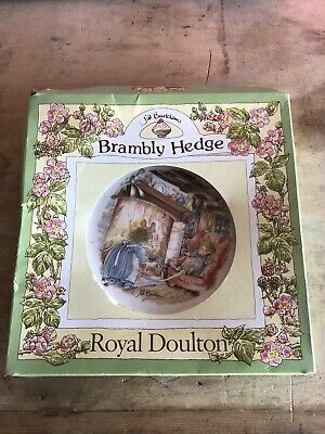 Royal Doulton Brambly Hedge Winter 8.5  Plate With Box And Hanger • 2.30£