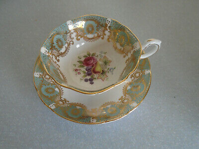 Paragon By Appointment To HM The Queen:Bone China Petal Tea Cup & Saucer/1960s J • 27.50£