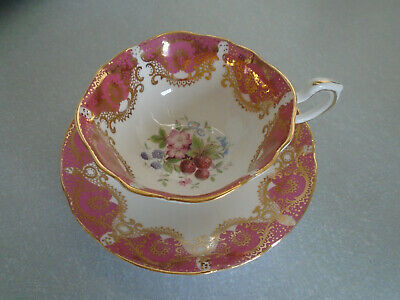 Paragon By Appointment To HM The Queen:Bone China Petal Tea Cup & Saucer/1960s  • 27.50£