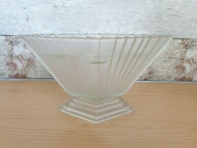 Bagley Geometric Art Deco Frosted Glass Wyndham Vase With Frog  • 25£