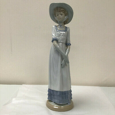 Lladro Nao Daisa Louise Country Girl Lady In Summer Hat Collectable And Vintage. • 26.95£