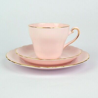 Tuscan China Baby Pink Tea Trio With Gold Trim • 14.99£