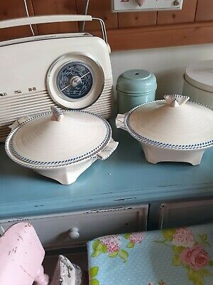 Shabby Chic Serving Dishes × 2 • 6£