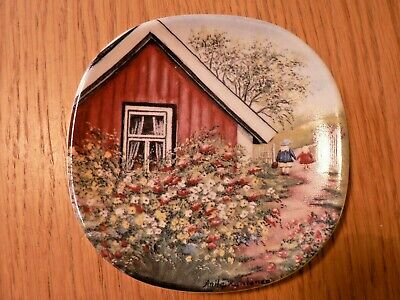 A Vintage Arabia Finland Scandinavian Art Pottery  Old Time Spring  Wall Plate.  • 4.99£