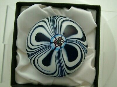 Stunning Selkirk Limited Ed. Marbrie Paperweight • 75£