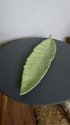 Collectable Carlton Ware Leaf Dish • 1.30£