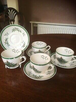 Set Of 4 Spode Christmas Tree Cup And Saucers • 20£