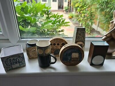 Vintage Collection Of Troika Studio Pottery X 7 Pieces  • 650£