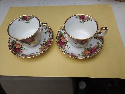 2 X Royal Albert Old Country Roses Cup And Saucer • 3£