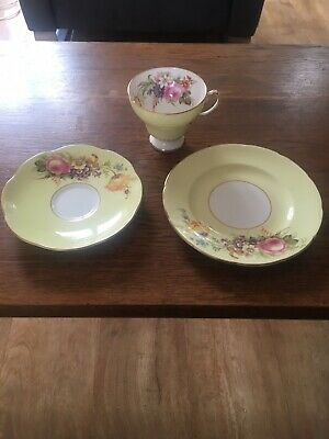 Foley Bone China Trio SEE 2nd Photograph Of Cup • 6£