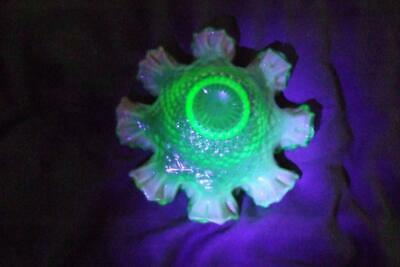 Fabulous Victorian Vaseline / Opalene And Uranium Glass With Pink Frilled  Bowl • 19.99£