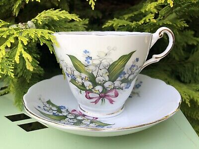 Regency Pink Ribbon Cup And Saucer • 19£