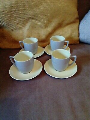 Branksome Two Tone Four Cups And Saucers  • 6£