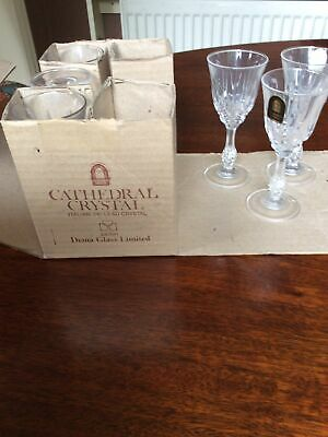 Boxed Set Of 6 Liqueur/sherry Glasses 10cms High In New Condition • 12£