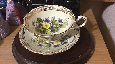 ROYAL SUTHERLAND Cabinet Teacup And Saucer • 65£