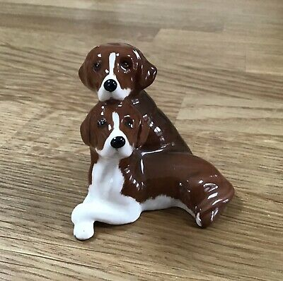 Beswick Collectable Of Two Beagle Dogs • 6.90£