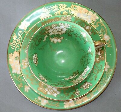 ANTIQUE CROWN STAFFORDSHIRE - EARLY 19c - GREEN GOLD  ~ 4 X TRIOS ~ CUPS, PLATES • 39.99£