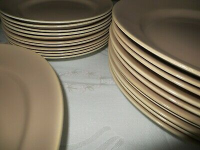 Poole Pottery Assorted Dinner Plates • 10£