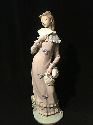 NAO By Lladro Porcelain Figurine • 0.99£
