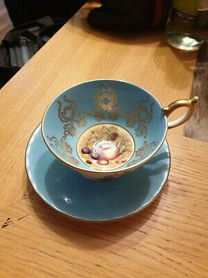 Aynsley Tea Cup And Saucer • 4.20£