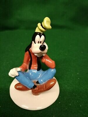 Royal Doulton Mickey Mouse Collection  Goofy  MM5, 70 Years Celebration. • 10£