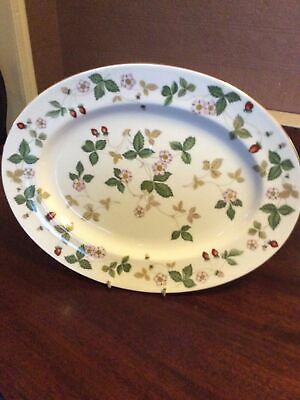 Wedgwood Wild Strawberry 1 Large Oval Plate Or Serving Platter • 35£