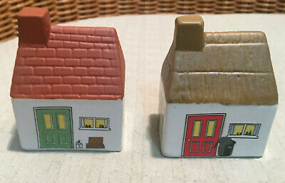 WADE Smaller Salt And Pepper Set Is From The Village Series... • 4.99£
