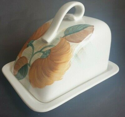 VintageRadford Pottery Hand Painted Cheese Dome & Stand • 4.99£