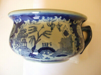 Vintage Chinese Chamber Pot/Planter/Jardiniere - Willow Pattern • 9.50£