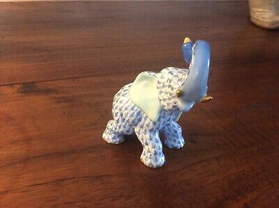 Herend Blue Fishnet Elephant With Trunk Up • 115£