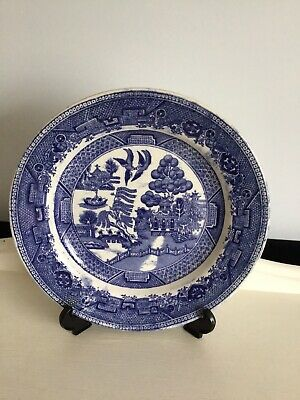 Willow Pattern Dinner Plates • 3.70£