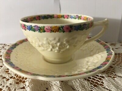 Antique Crown Ducal Gainsborough Cup & Saucer Country Cottage Made In England • 16£
