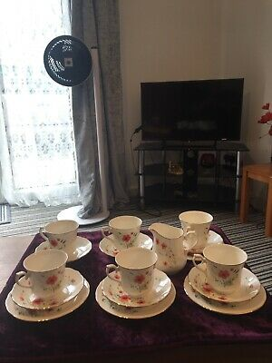 Royal Vale Tea Set Poppies Early 1960's Bone China Very Pretty • 25£