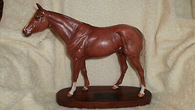 Beswick Horse Grundy Large Racehorse On Wooden Plinth Connoisseur No 2558 • 60£