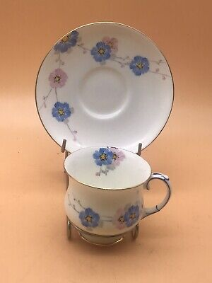 PARAGON FINE CHINA Dainty CUP AND SAUCER HandPainted Floral BY ROYAL APPOINTMENT • 16.99£