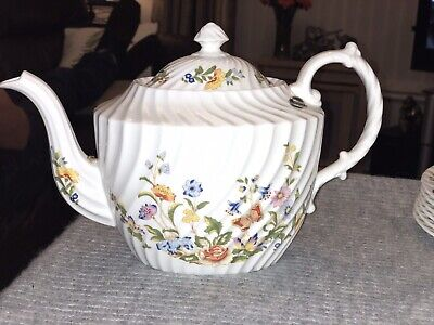 Aynsley Cottage Garden Teapot- NEW. Still Has Label • 30£