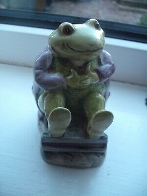 BESWICK BEATRIX POTTER CHARACTER MR JACKSON COLOURWAY GREEN A/F Picture 3 Shows • 5£