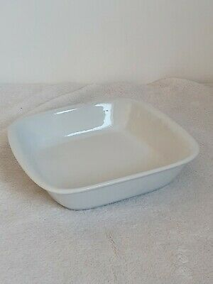 Airedale Porcelain White Dish • 8£