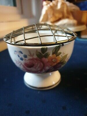 Fenton China Footed Posy Bowl Flower Display • 10£